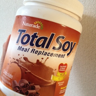 Naturade, Total Soy, Meal Replacement, Chocolate, 19.1 oz (540 g)  مشروب الطاقة الطبيعي بالشوكلاته
