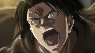 Levi krzyczy w stronę Kennego