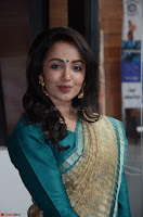 Tejaswi Madivada looks super cute in Saree at V care fund raising event COLORS ~  Exclusive 034.JPG