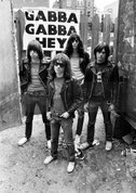 Ramones - Gimme Gimme Shock Treatment