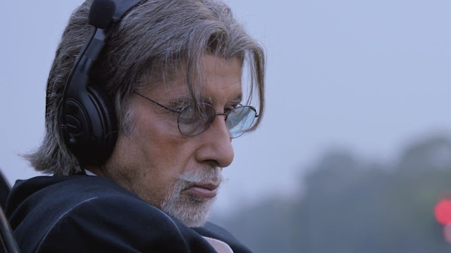 Amitabh Bachchan as Pandit Omkarnath Dhar in Wazir, Rashtrapati Bhawan scene, Directed by Bejoy Nambiar