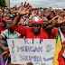 """Le Zimbabwe rend hommage au chef de l'opposition, """"doyen de la démocratie"""""""