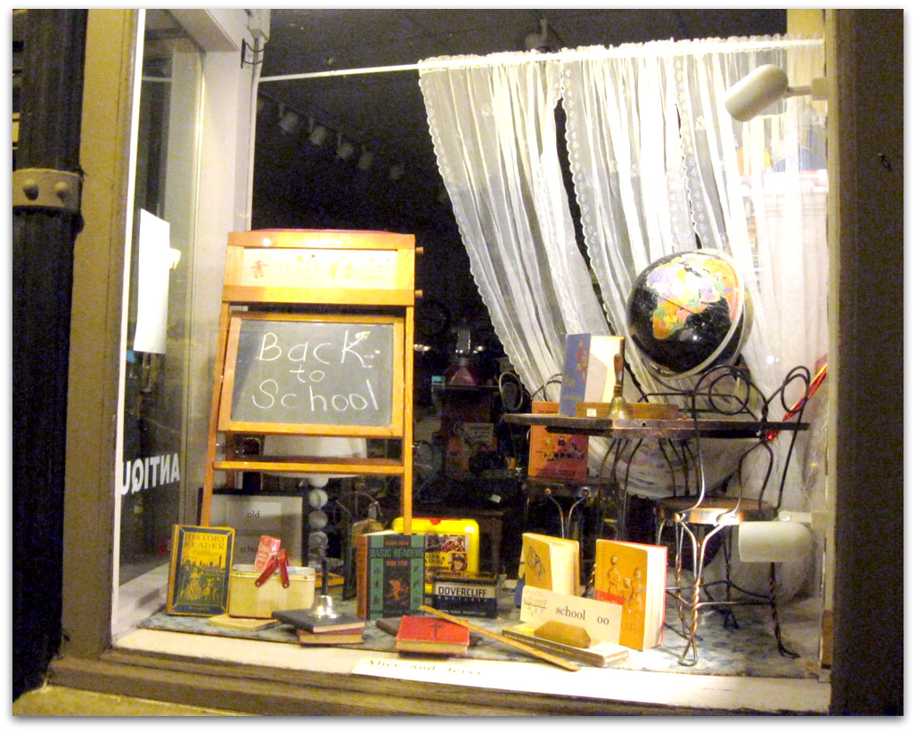 all that 39 s vintage window displays. Black Bedroom Furniture Sets. Home Design Ideas