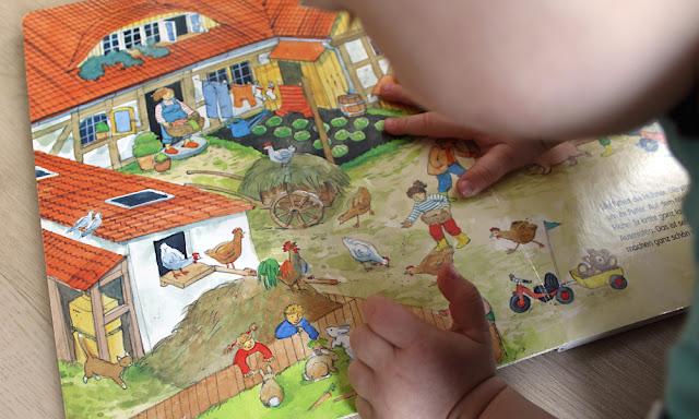 Kikeriki - Mein erstes Wimmelbuch über den Bauernhof