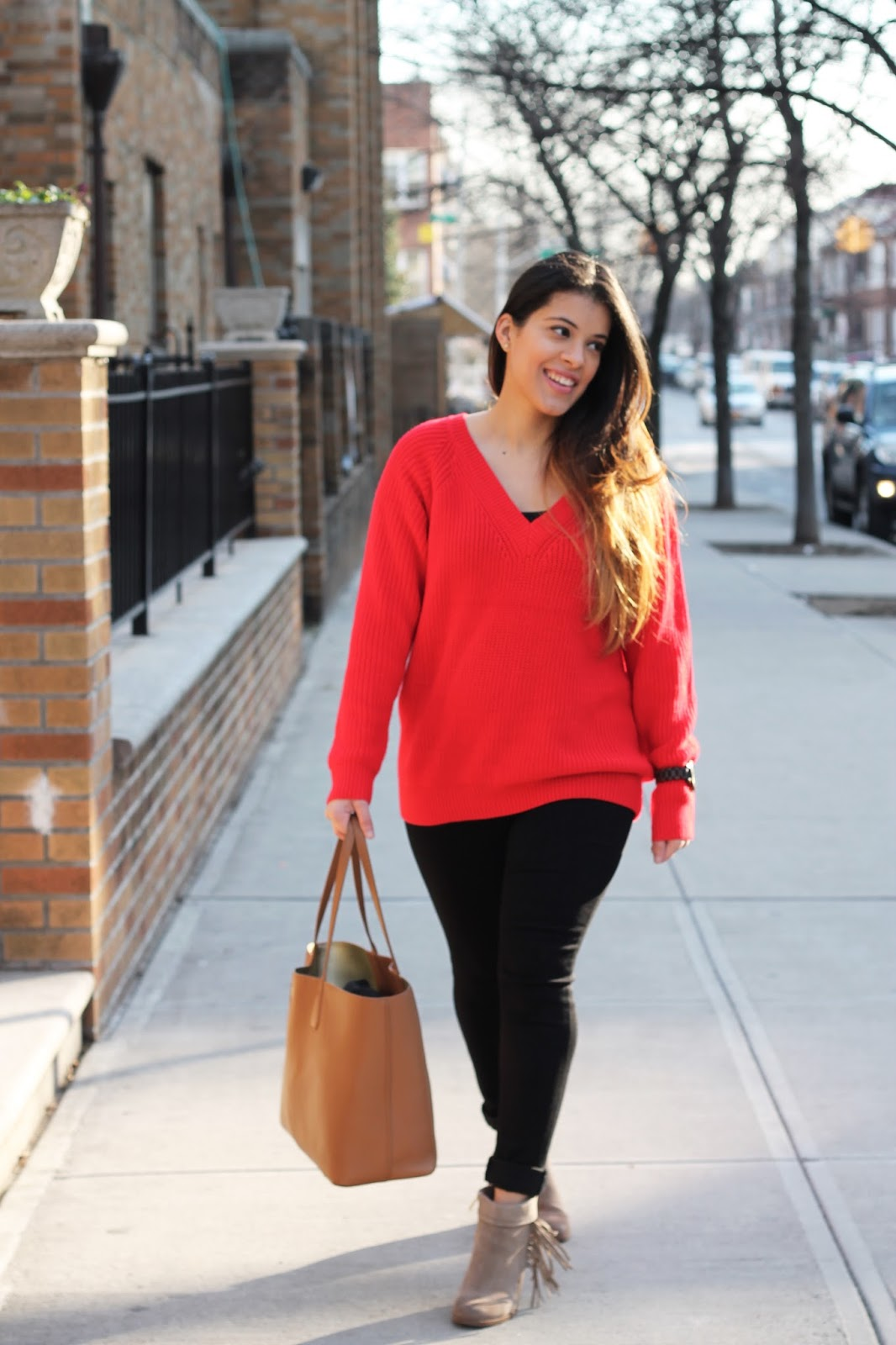 Valentines day, valentines day look, red, red sweater, black skinny jeans, tory burch, word wood watch, booties, macys, zaful, oversized sweater, knit sweater, casual look, winter style, winter, love, personal style,