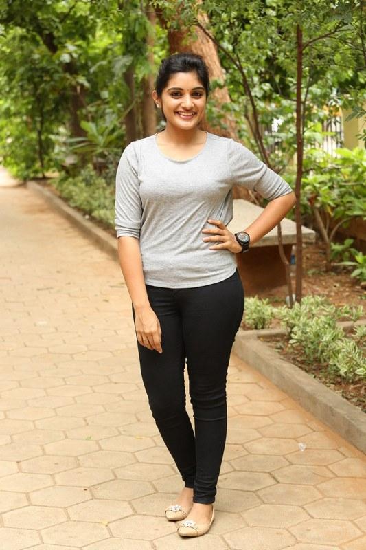 Nivetha Thomas Latest Spicy Photos Malayalam Actress ~ ACTRESS RARE ...