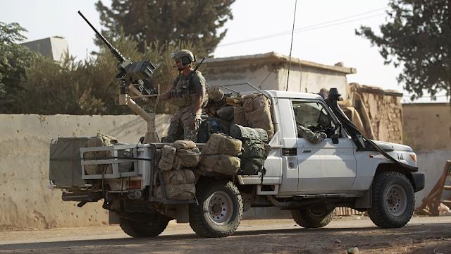 Ο Λαβρόφ λέει ότι οι Αμερικανικές, Βρετανικές και Γαλλικές ειδικές δυνάμεις «συμμετέχουν άμεσα» στον πόλεμο της Συρίας