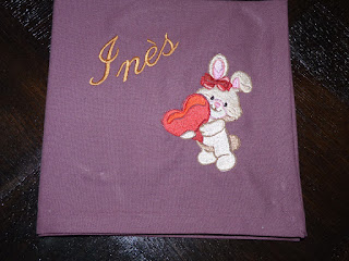 Broderie machine lapin