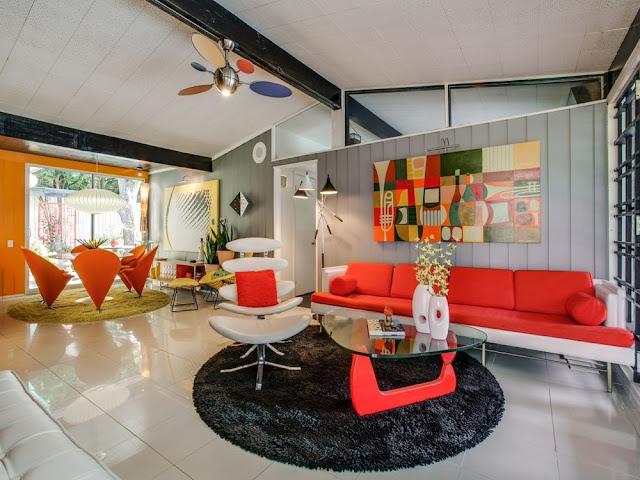 Designklassiker in vermeintlicher Design Zeitkapsel aufleben lassen - wenn Wohnen zum Museum wird