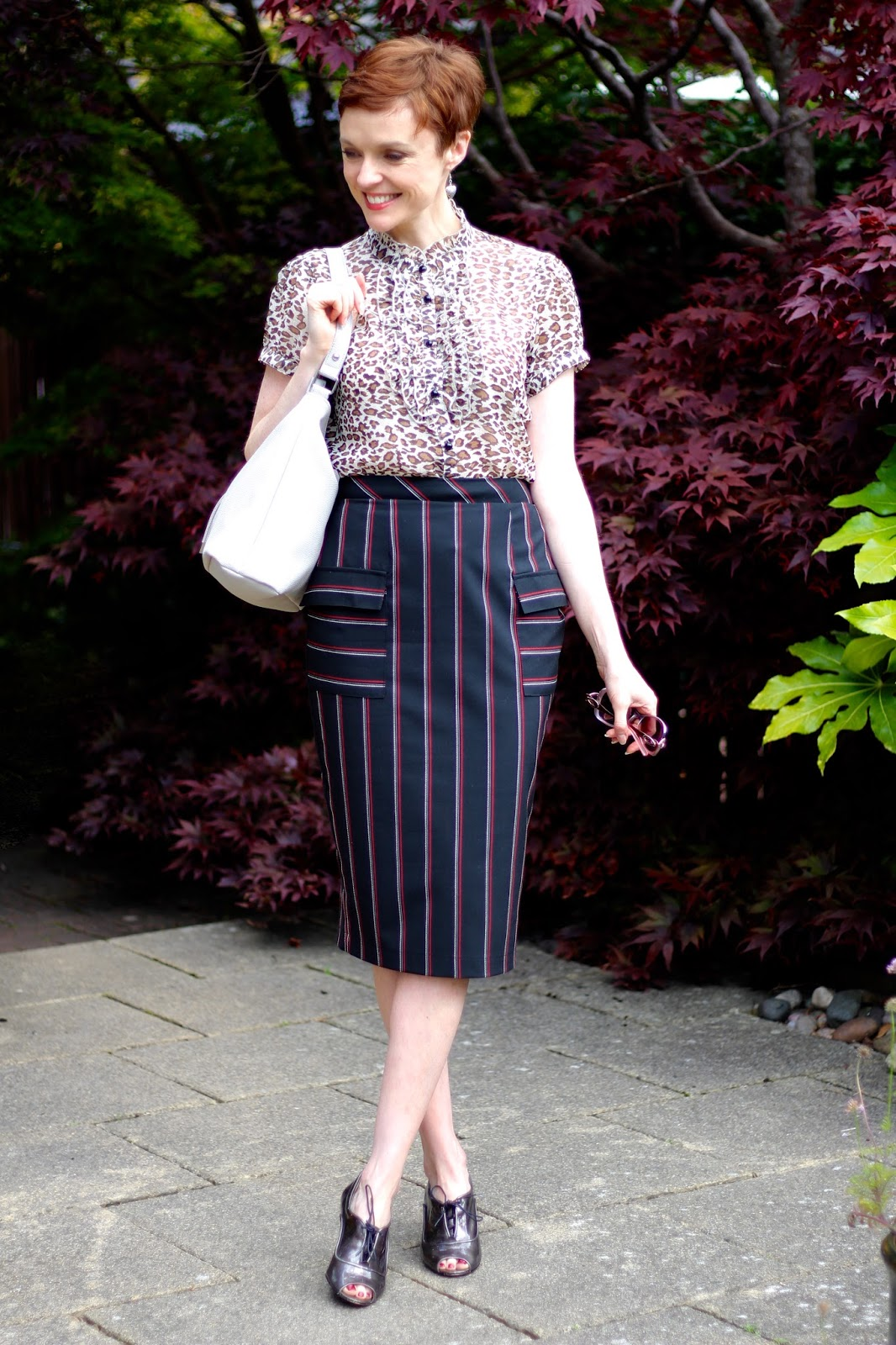 Striped pencil skirt & leopard ruffle blouse | Work outfit, over 40 | Fake Fabulous
