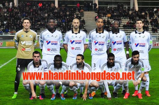 Amiens vs Lyon www.nhandinhbongdaso.net