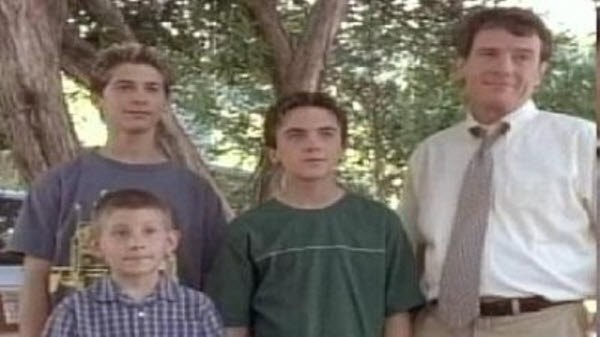 Malcolm in The Middle - Season 3 Episode 02: Emancipation (2)