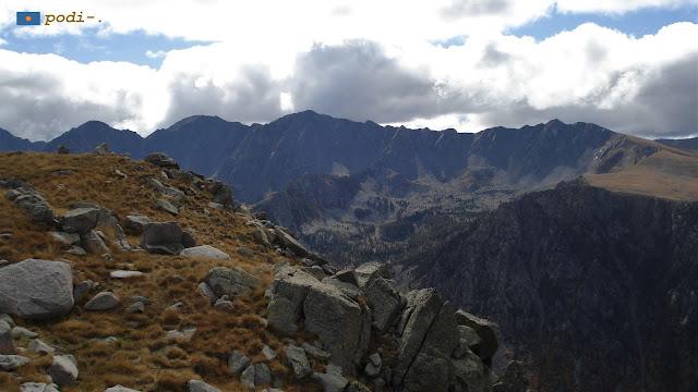 Andorra, vall de Madriu, tossa de Braibal i Cerdanya al fons