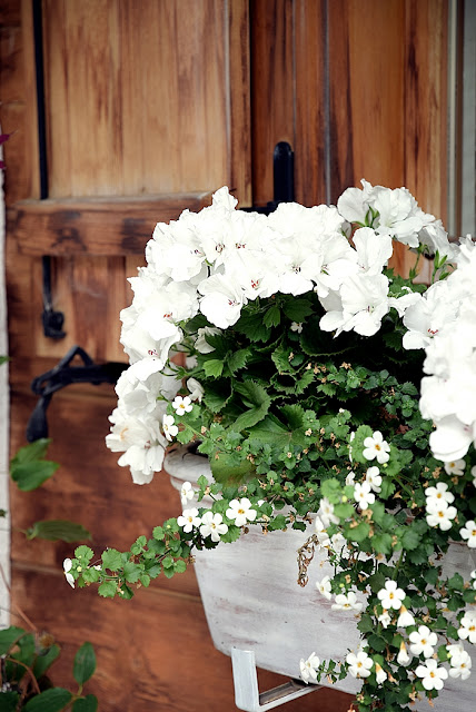 Juli 2016 - White and Vintage