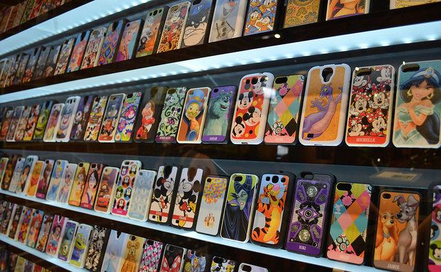 Comprar capinha de celular nas lojas de souvenirs e lembrancinhas em Miami