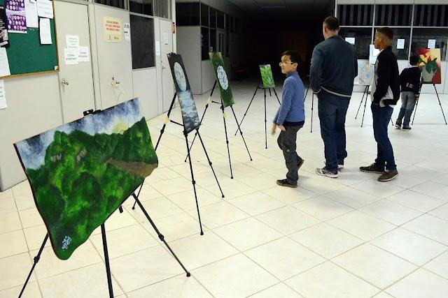 Artistas soltam a imaginação na 1ª Mostra de Artes de Colombo