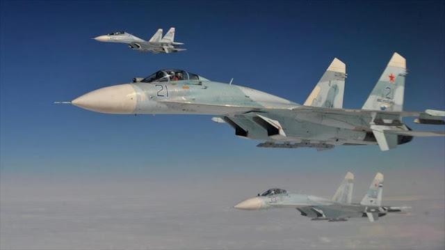 Cazas rusos se acercan a solo 3 metros de un avión espía de EEUU