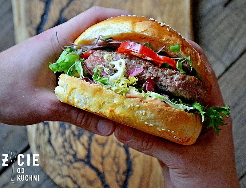 domowe burgery, burgery, bulki razowe, zycie od kuchni