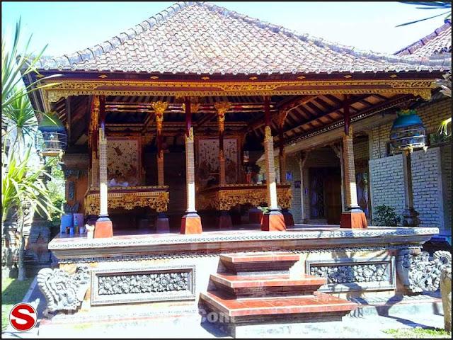 Foto Rumah adat Bali Kampung