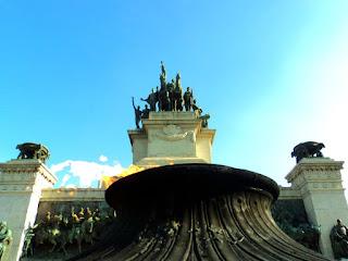 Pira e Monumento da Independência, no Parque da Independência, São Paulo