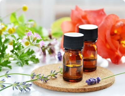 The Ayurvedic Use of Essential Oils for Healing - Ancient Remedies to Safely Balance Your Energy System
