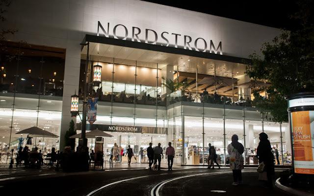 Loja de departamento Nordstrom em Los Angeles