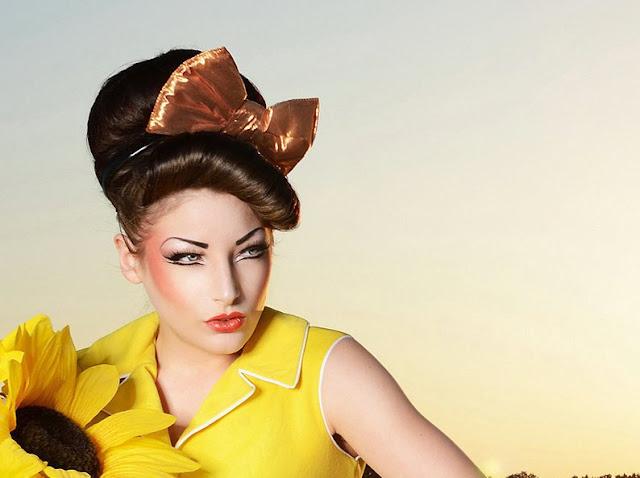 Vanessa Tiffany Smith, velvet vintage, vintage accessories, velvet vintage,