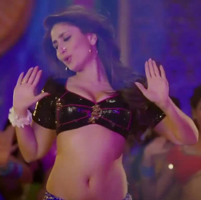 Kareena Kapoor Hot Navel Show In Fevicol Item Song