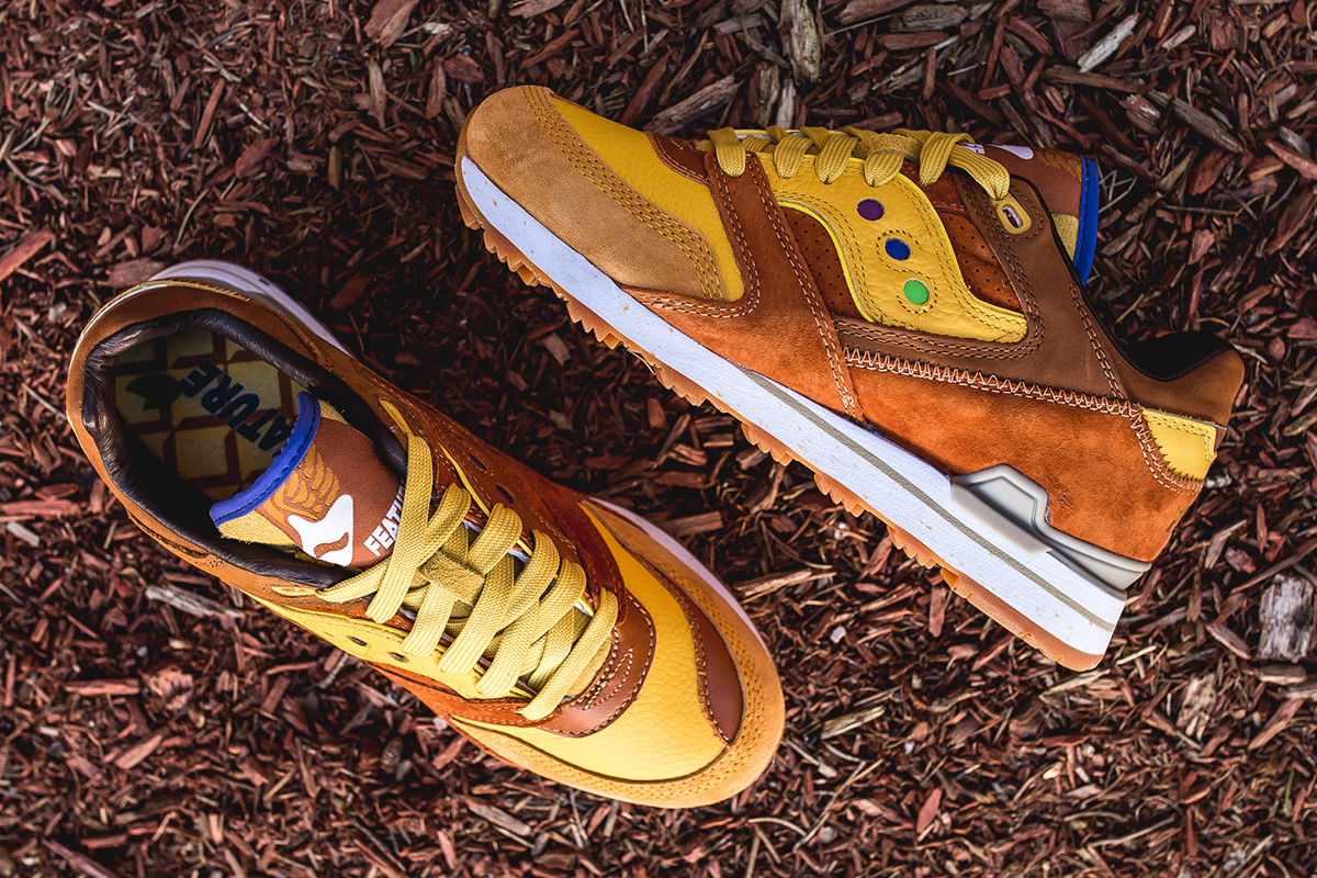94a7c3684a05 ... based Feature Boutique s latest collaboration with Saucony is straight  from the breakfast table. Feature adorns it with colors from Belgian waffles .