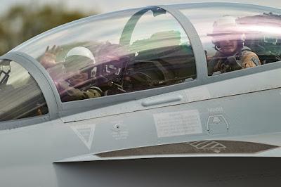 Ersetzt die Super Hornet ab 2025 die McDD F/A-18C Hornet?