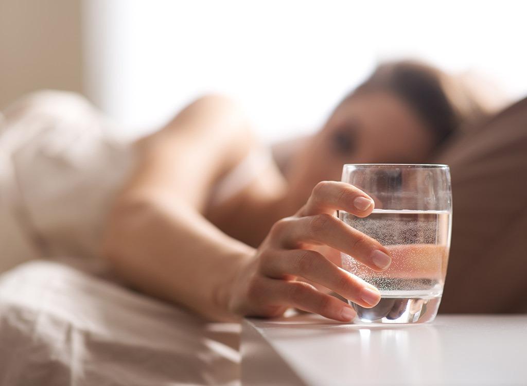 Image result for सोने से पहले पानी