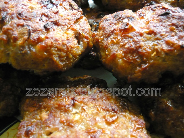 minced meat steaks from the oven