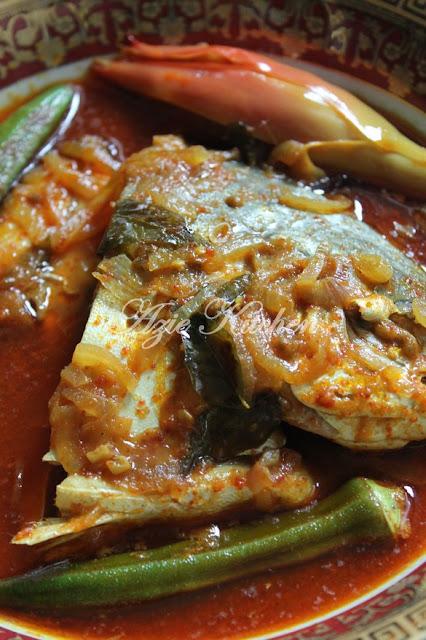 Asam Pedas Ikan Bawal Emas Melaka