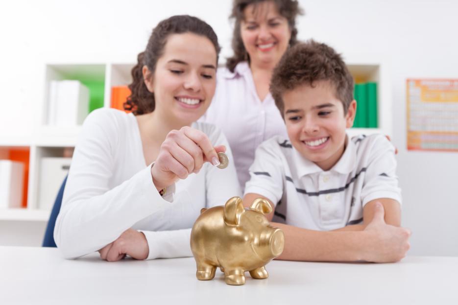 Mengatur Keuangan Keluarga Dari Sang Istri