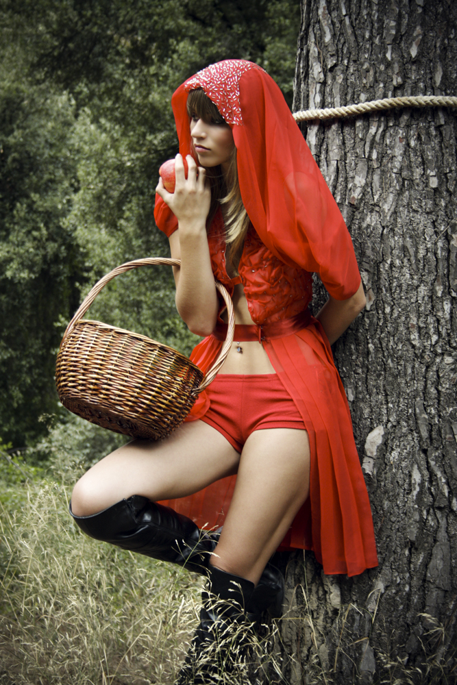 Красная шапочка голая видео, видео зрелые немцы