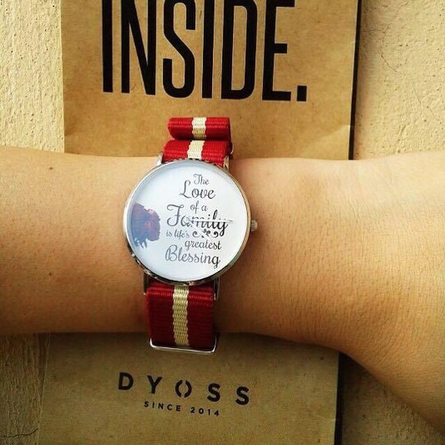Đồng hồ đeo tay tự thiết kế Dyoss Watch