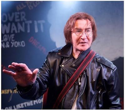 Gambar Jaket Kulit John Lennon