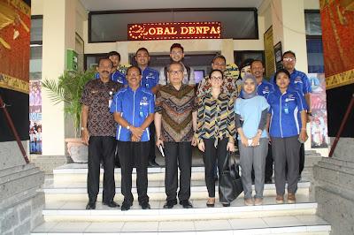 Kunjungan Tim Bapenas dan KOMPAK ke SMK TI Bali Global Denpasar Dalam Rangka Pengembangan Proyek Pilot Skill Development Center (SDC) Keahlian Sektor Industri Dan Pariwisata