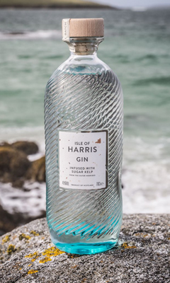 Isle of Harris Gin Treat Yer Maw // A Scottish Mothers Day Gift Guide & Giveaway AlmostChic