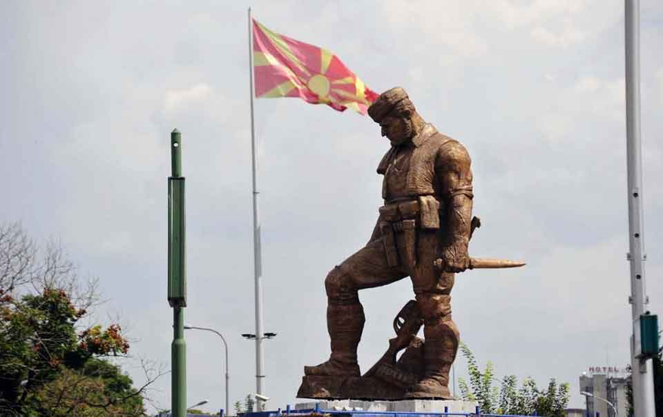 SDSM junta removes monument of Andon Kjoseto