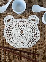 https://laventanaazul-susana.blogspot.com.es/2017/06/218-aplique-oso-panda-crochet.html