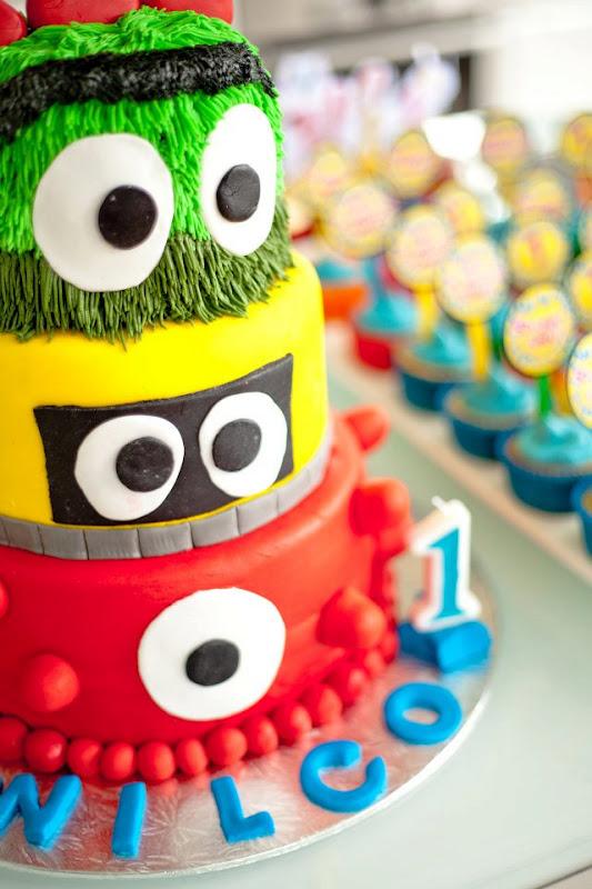Superb Karas Party Ideas Yo Gabba Gabba 1St Birthday Monster Party Funny Birthday Cards Online Overcheapnameinfo