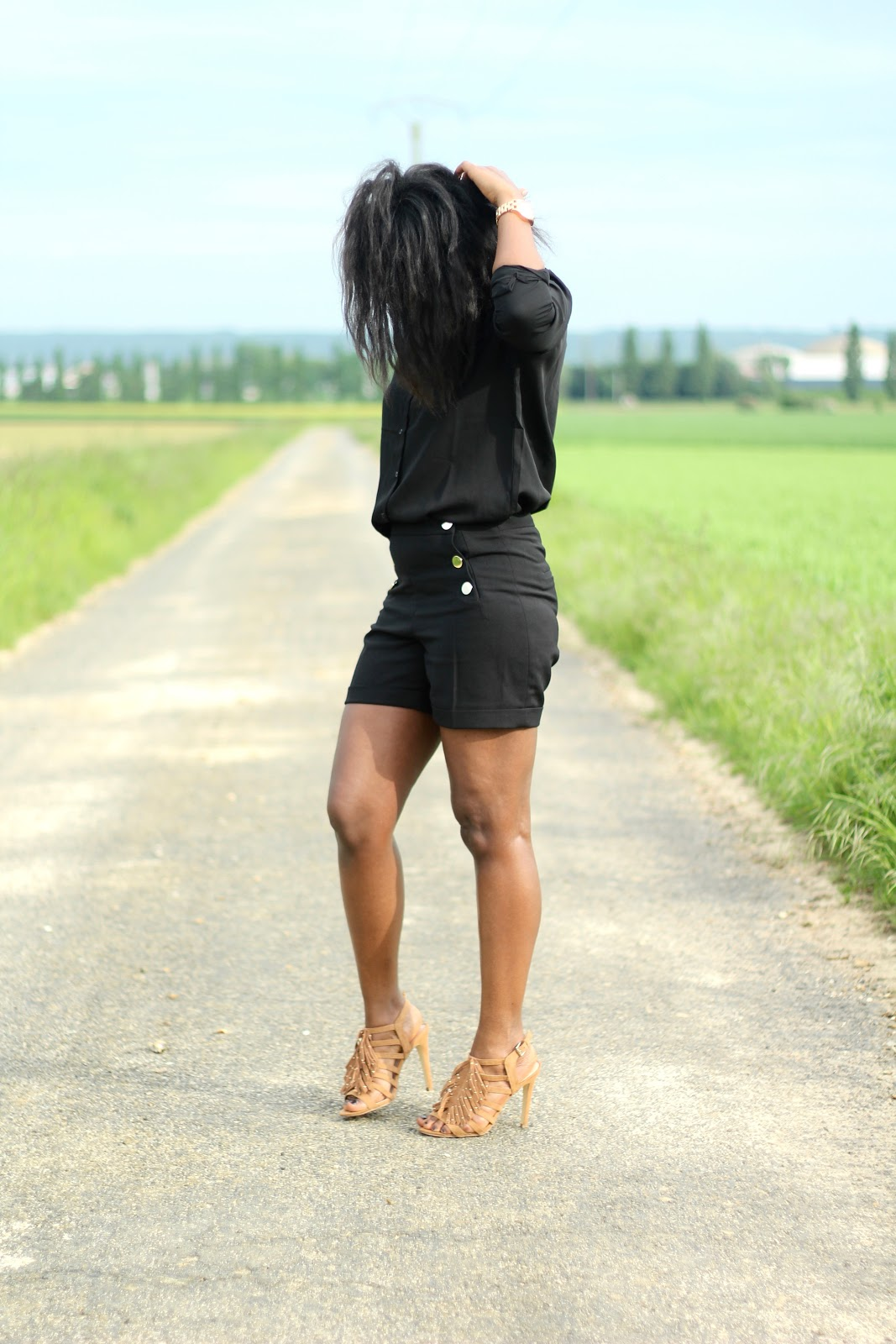 black fashion blogger- fashion blogger- hype outfit- fashion