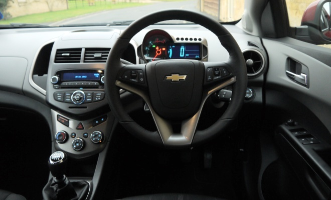 Chevrolet Aveo dashboard
