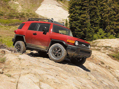 FJ Cruiser Off Road Normal Resolution HD Wallpaper 6