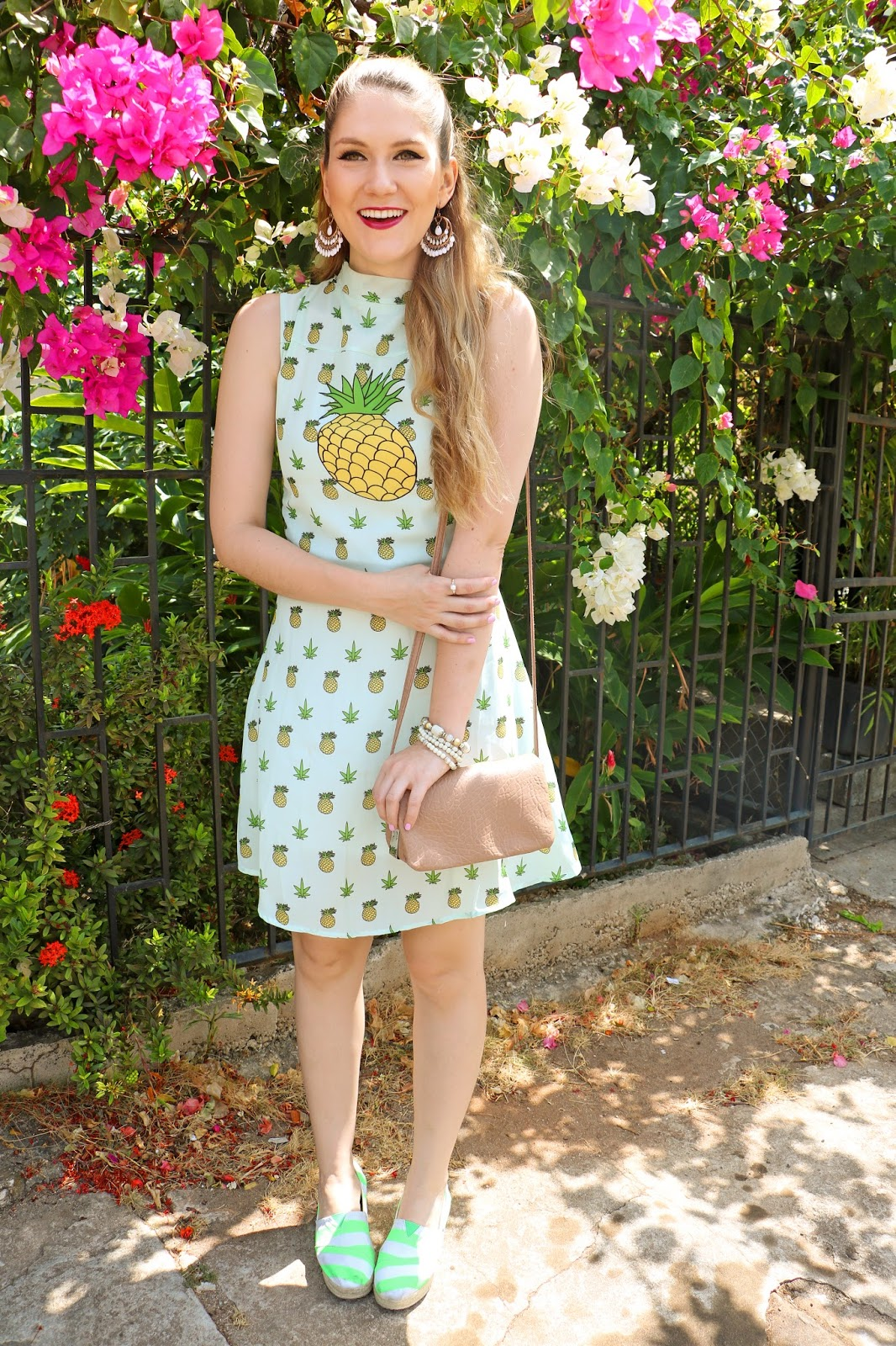 Click through for more fruity outfits!