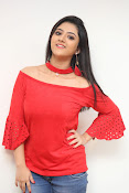 shriya sharma latest glam pics-thumbnail-2