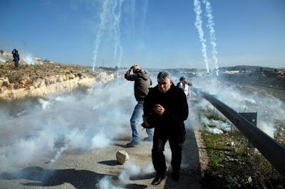 Manifestation de soutien à A'hed Tamimi à Nabi Saleh en Cisjordanie occupée dans - DROIT a16
