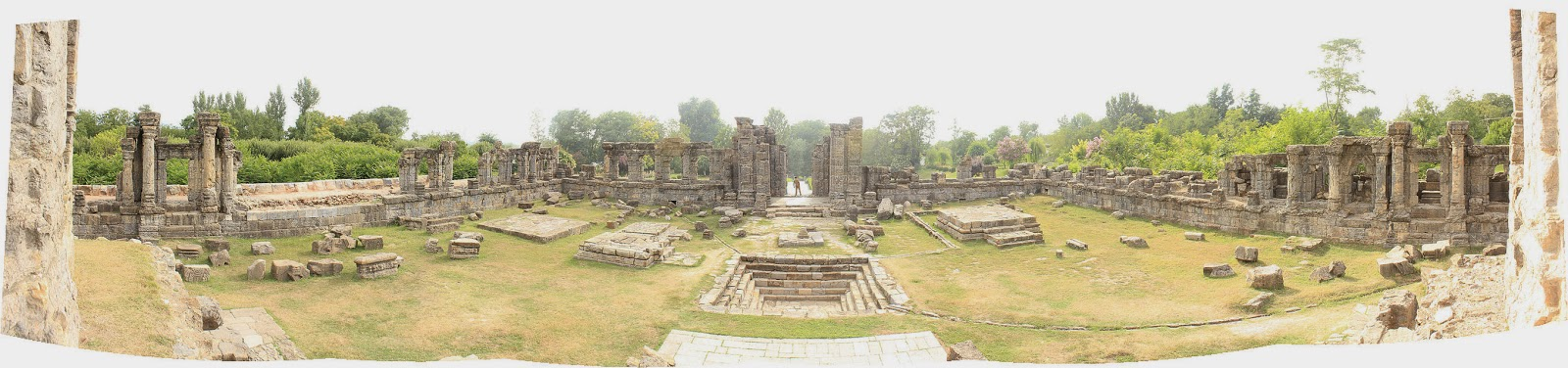 मार्तंड सूर्य मंदिर (Martand Sun Temple)