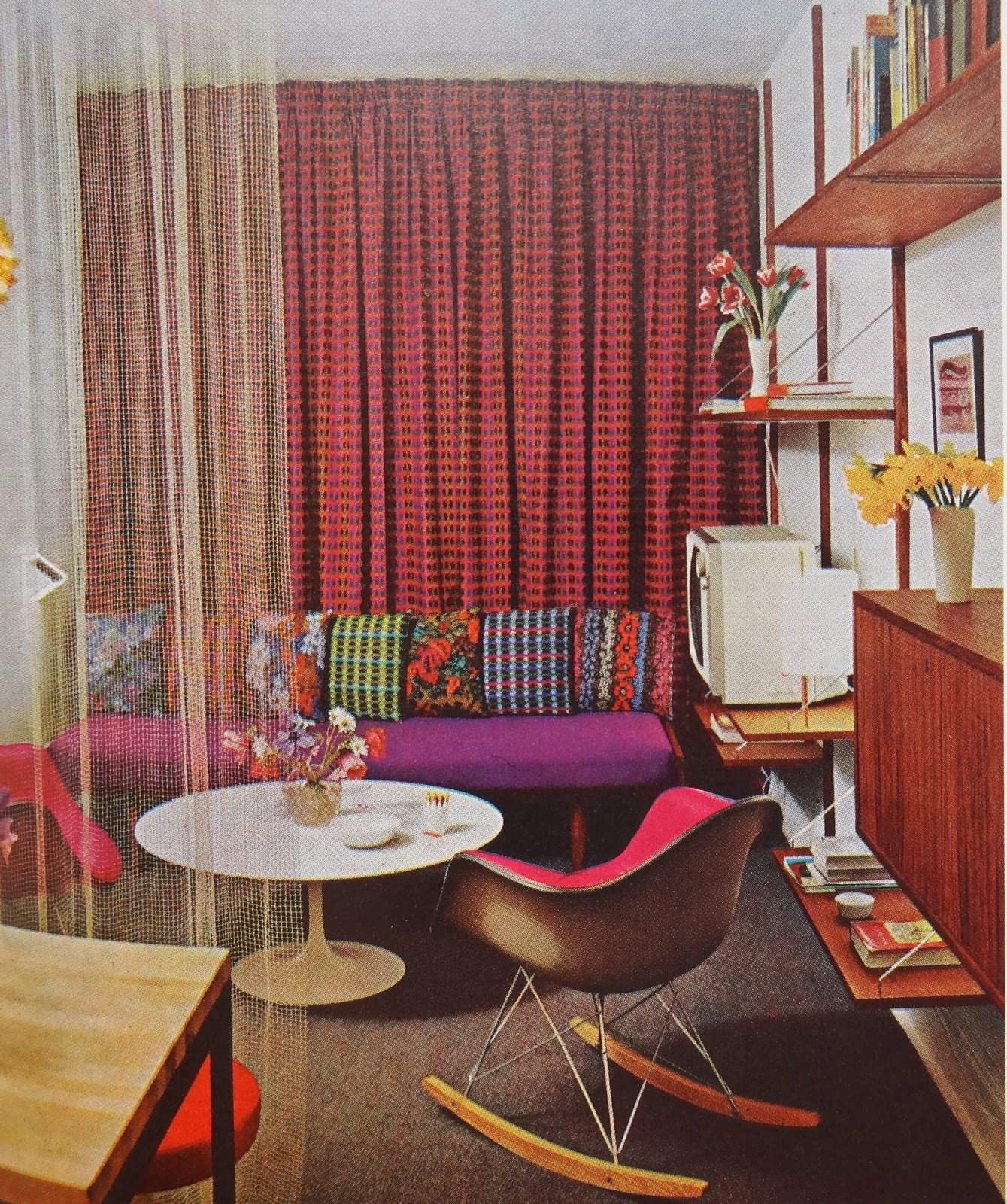 70 Living Room Decorating Ideas For Every Taste: GYPSY YAYA: Lovin' 1970s Design- House & Garden's Complete